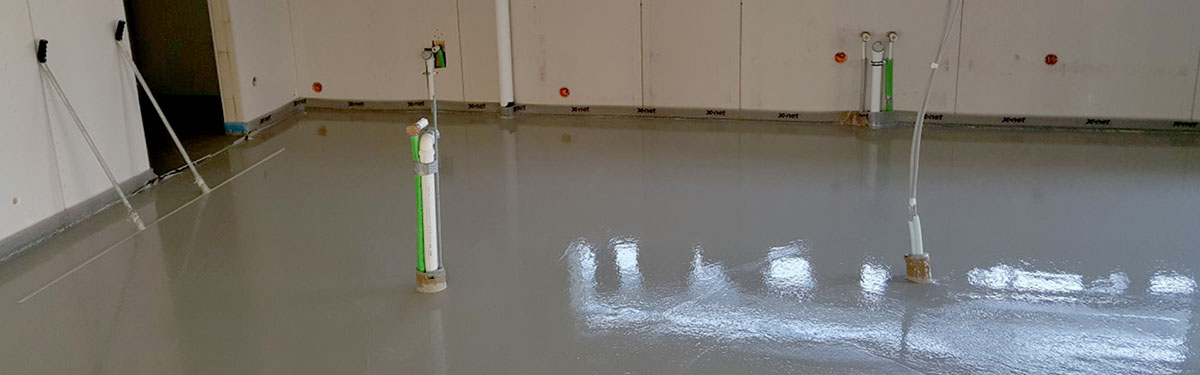 Selbstnivellierende Flüssigisolierung mit strapazierfähiger Oberfläche